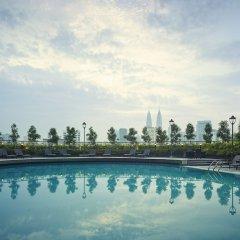 Отель Sunway Putra Hotel Малайзия, Куала-Лумпур - 2 отзыва об отеле, цены и фото номеров - забронировать отель Sunway Putra Hotel онлайн бассейн фото 2