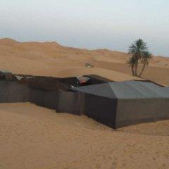 Отель Merzouga Desert Overnight Марокко, Мерзуга - отзывы, цены и фото номеров - забронировать отель Merzouga Desert Overnight онлайн приотельная территория фото 2