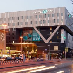 Отель Motel One Wien-Westbahnhof Вена фото 4
