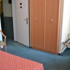 Hotel A La Grande Cloche удобства в номере фото 3