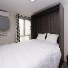 Отель At home in Lyon комната для гостей фото 2