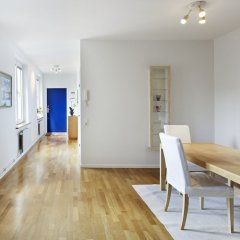 Apartments at Hotel Riverton комната для гостей