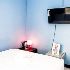 Отель Nida Rooms Khlong Toei 635 Gallery Бангкок сейф в номере