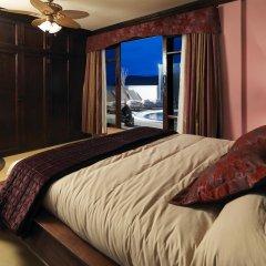 Апартаменты Regency Country Club, Apartments Suites комната для гостей