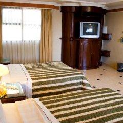 Отель Casino Plaza Гвадалахара сейф в номере
