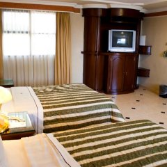 Hotel Casino Plaza сейф в номере