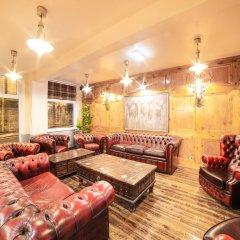 Churchill's Hotel 1