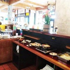 Jing Jit Hotel питание фото 3