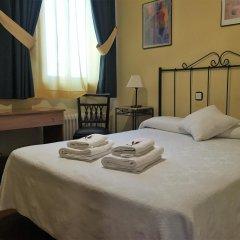 Отель Hostal Tokio Испания, Мадрид - 1 отзыв об отеле, цены и фото номеров - забронировать отель Hostal Tokio онлайн комната для гостей фото 4