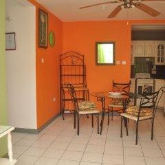 Апартаменты Palm View Apartment At Sandcastles комната для гостей фото 3