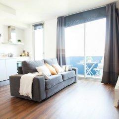 Апартаменты Feelathome Poblenou Beach Apartments Барселона комната для гостей фото 8