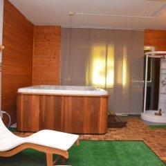 Hotel Britannia бассейн