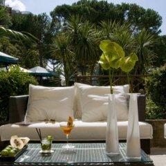 Отель Holiday Inn Rome- Eur Parco Dei Medici бассейн фото 3