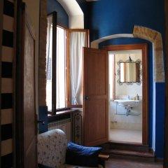 Отель Totti Affittacamere Италия, Сан-Джиминьяно - отзывы, цены и фото номеров - забронировать отель Totti Affittacamere онлайн сейф в номере