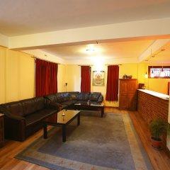 Отель Royal Astoria Hotel Непал, Катманду - отзывы, цены и фото номеров - забронировать отель Royal Astoria Hotel онлайн интерьер отеля фото 3