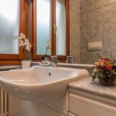 Отель Colours and Notes Central Padova Италия, Падуя - отзывы, цены и фото номеров - забронировать отель Colours and Notes Central Padova онлайн ванная фото 2