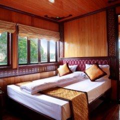 Отель Halong Golden Lotus Cruise комната для гостей фото 4
