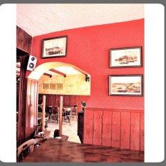 Отель Hostal Isabel Испания, Бланес - отзывы, цены и фото номеров - забронировать отель Hostal Isabel онлайн интерьер отеля