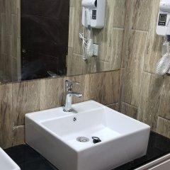 Metzy Residence Hotel in Kololi, Gambia from 71$, photos, reviews - zenhotels.com bathroom