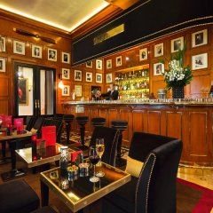 Отель Hôtel Barrière Le Fouquet's гостиничный бар