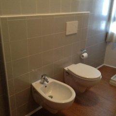 Отель Il Centrale Италия, Гризиньяно-ди-Дзокко - отзывы, цены и фото номеров - забронировать отель Il Centrale онлайн ванная
