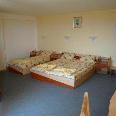 Отель Krasi Hotel Болгария, Равда - отзывы, цены и фото номеров - забронировать отель Krasi Hotel онлайн комната для гостей