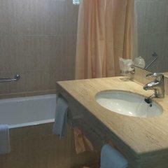 Отель Canyamel Classic Испания, Каньямель - отзывы, цены и фото номеров - забронировать отель Canyamel Classic онлайн ванная