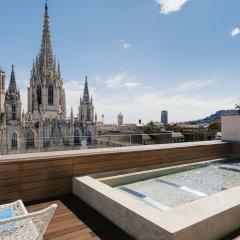 Отель Colón Испания, Барселона - 4 отзыва об отеле, цены и фото номеров - забронировать отель Colón онлайн бассейн фото 3