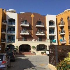Отель Sunseeker Holiday Complex парковка