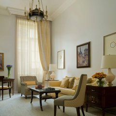 Гостиница Four Seasons Lion Palace St. Petersburg комната для гостей фото 9