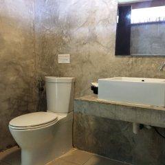 Отель Long Beach Chalet Таиланд, Ланта - отзывы, цены и фото номеров - забронировать отель Long Beach Chalet онлайн ванная фото 2