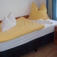 Отель Merlin Garni Германия, Кёльн - отзывы, цены и фото номеров - забронировать отель Merlin Garni онлайн комната для гостей фото 3