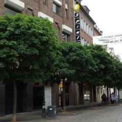 Апартаменты Tolstov-Hotels Old Town Apartment Дюссельдорф парковка