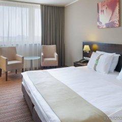 Отель Holiday Inn Bratislava комната для гостей фото 3