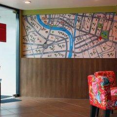 Отель Baan Saladaeng Boutique Guesthouse Бангкок интерьер отеля фото 3