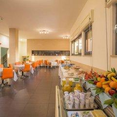 Hotel Residence Ulivi E Palme питание фото 2