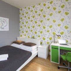 Отель New Town - Apple Apartments Чехия, Прага - 1 отзыв об отеле, цены и фото номеров - забронировать отель New Town - Apple Apartments онлайн комната для гостей фото 2