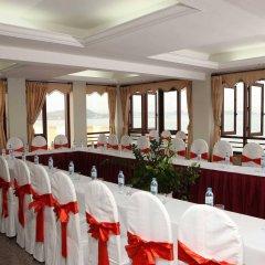 Отель Hoa Binh Ha Long Hotel Вьетнам, Халонг - отзывы, цены и фото номеров - забронировать отель Hoa Binh Ha Long Hotel онлайн помещение для мероприятий