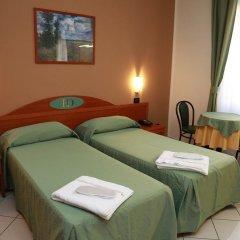Hotel Dore комната для гостей