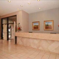 Отель Ramada by Wyndham Chatsworth США, Лос-Анджелес - отзывы, цены и фото номеров - забронировать отель Ramada by Wyndham Chatsworth онлайн интерьер отеля фото 3