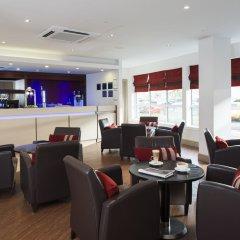 Отель Holiday Inn Express Glasgow Airport Великобритания, Пейсли - отзывы, цены и фото номеров - забронировать отель Holiday Inn Express Glasgow Airport онлайн интерьер отеля фото 2