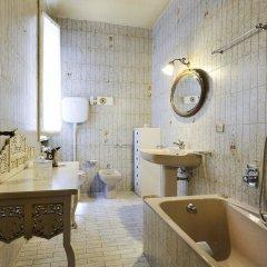 Отель Strada Maggiore Apartment Италия, Болонья - отзывы, цены и фото номеров - забронировать отель Strada Maggiore Apartment онлайн ванная фото 2