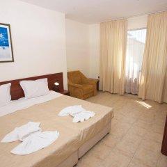 Hotel Yalta комната для гостей