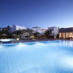 Отель 9 Muses Santorini Resort бассейн