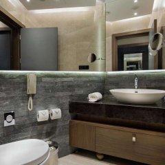 DoubleTree by Hilton Hotel Istanbul - Piyalepasa Турция, Стамбул - 3 отзыва об отеле, цены и фото номеров - забронировать отель DoubleTree by Hilton Hotel Istanbul - Piyalepasa онлайн ванная