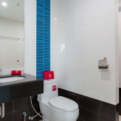 Отель ZEN Rooms Takua Thung Road Пхукет ванная фото 2