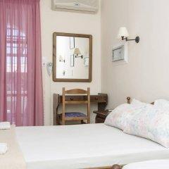 Отель Holiday Beach Resort Греция, Остров Санторини - отзывы, цены и фото номеров - забронировать отель Holiday Beach Resort онлайн комната для гостей