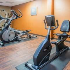 Отель Comfort Suites Atlanta Airport фитнесс-зал фото 2