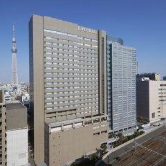 Отель Tobu Hotel Levant Tokyo Япония, Токио - 1 отзыв об отеле, цены и фото номеров - забронировать отель Tobu Hotel Levant Tokyo онлайн балкон