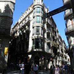 Отель Apartaments Sant Jordi Santa Anna 2 Испания, Барселона - отзывы, цены и фото номеров - забронировать отель Apartaments Sant Jordi Santa Anna 2 онлайн городской автобус